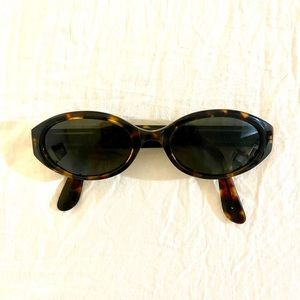 Vintage Guess Sunglasses